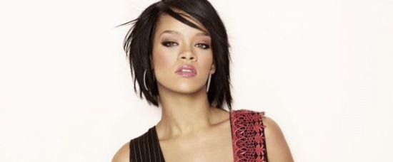 Rihanna pořád miluje násilníka Chrise Browna