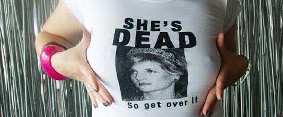 Trička s mrtvou Dianou naštvala svět