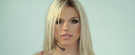 Britney Spearsová má dvojnici. Chlapa!