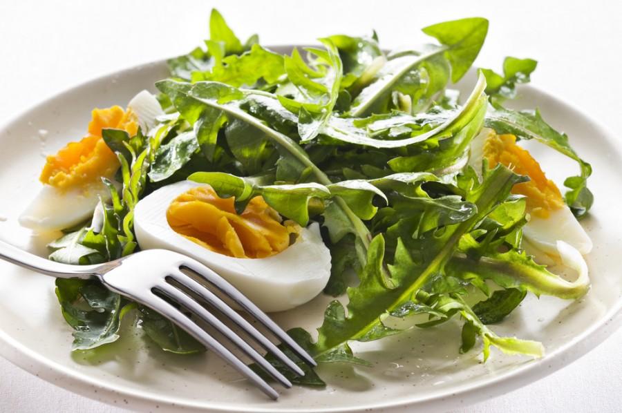 Salát z pampelišky