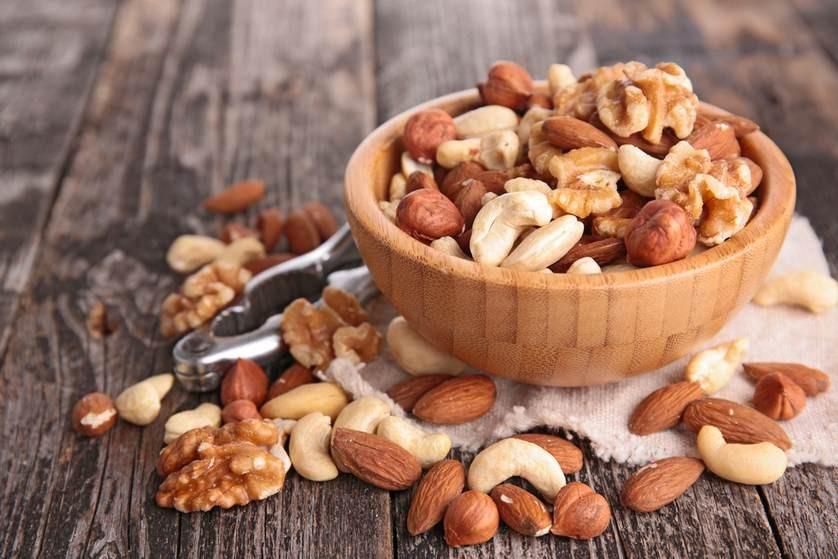Ořechy a mandle